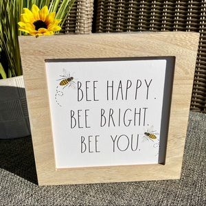 NEW Rae Dunn adorable 🐝 BEE HAPPY - Wooden Sign